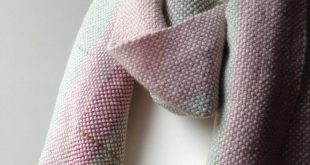 Chunky wool scarf Blanket scarf Hand woven winter shawl Handmade travel wrap Gift idea for Wife or Mum Anniversary One off artisan accessory