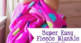 How to make a simple fleece blanket. (Perfect sewing project for beginners.) Mak...