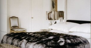 thedecorista: some just have a way with fur… yeee-aaay! so luxe. I think thi...