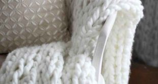 21 Gorgeous DIYs That Only Look Expensive  2019  Arm-knit an oversized cozy thro...