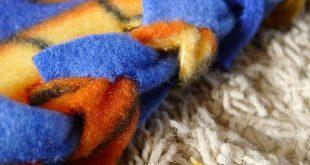 Braided fleece blanket!!! I've made fleece blankets before but never using t...