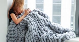 Chunky knit blanket, giant knit blanket, cozy throw blanket, chunky blanket, merino wool blanket, chunky knit throw. Gift For Mom