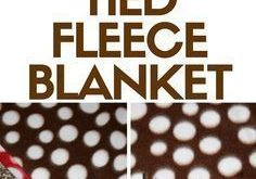 How to Make a Quick and Easy Tied Fleece Blanket 2019 Make a tied fleece blank ...