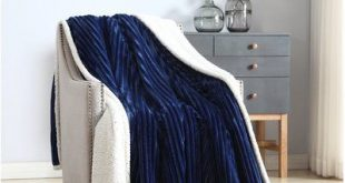 Red Barrel Studio Hornick Reversible Soft Sherpa Blanket Color: Navy