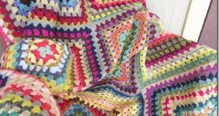 Twelve Block Granny Square Blanket (Cozy Things)